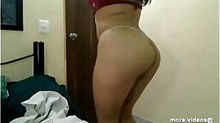 Indian girl fucking and blowing on webcam