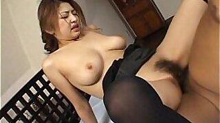 Bigboobed Japanese babe does a facial