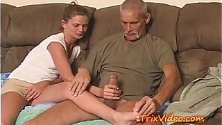 Dad Gives Daughter Blowjob and Fucked My Mom